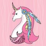 Unicornio mitológico con las plumas Caballo legendario La serie de criaturas mitológicas Fotografía de archivo