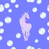 Unicorno con la criniera e la coda delle bolle illustrazione di stock