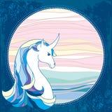 Unicorno mitologico nel telaio rotondo Cavallo leggendario La serie di creature mitologiche Fotografie Stock Libere da Diritti