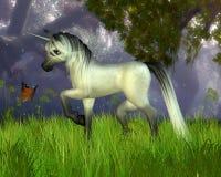 Unicorno sveglio di Toon con la priorità bassa del terreno boscoso illustrazione di stock