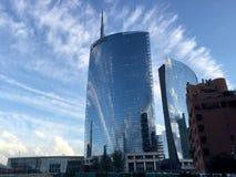 Unicredit torn, piazza Gael Aulenti, Milan, Italien 15/04/2016 Royaltyfri Fotografi