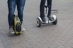 Unicycle i żyroskop na miasto ulicie Obraz Royalty Free