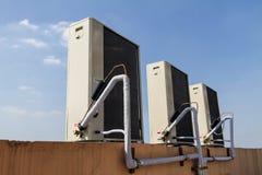 Unidad al aire libre de acondicionador de aire Fotografía de archivo libre de regalías