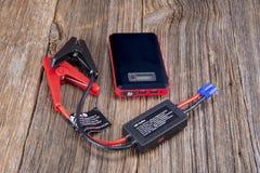 Unidad del salto-arrancador del automóvil imágenes de archivo libres de regalías