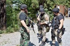 Unidad policial especial en el entrenamiento Imágenes de archivo libres de regalías