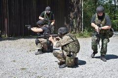Unidad policial especial en el entrenamiento Foto de archivo libre de regalías