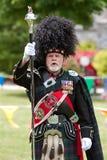 Unidade de Major Leads Pipe And Drums do cilindro no festival de mola foto de stock