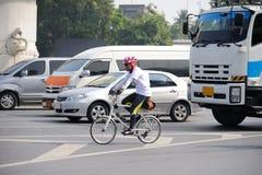 Unidentified cyklist Royaltyfria Foton