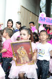 Unidentified deltagare ståtar in, Songkhla Thailand Arkivfoton