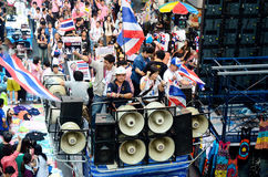 Unidentified protesters gather Patumwan intersection to anti government and ask to reform before election. BANGKOK - JAN 26 : Unidentified protesters gather Stock Photography
