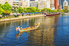 Unidentified team compete in the 2013 Dragon Boat Races on the Love River on June 12, 2013 in Kaohsiung Stock Photos
