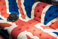 Unie Jack Flag English Sofa en Bowlingspelerhoed Royalty-vrije Stock Afbeeldingen