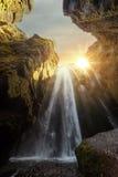 Unieke Gljufrabui-waterval Stock Afbeeldingen