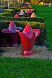Unieke graven bij grave-yard royalty-vrije stock afbeeldingen