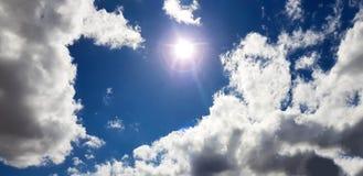 Unieke roze/purpere/blauwe hemel met wolkenvorming Royalty-vrije Stock Fotografie