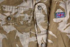 Uniforme britannica del deserto con una bandierina Fotografia Stock