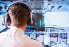 Pilota di linea aerea fotografie stock libere da diritti