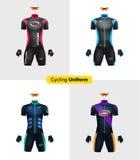 Uniformes realísticos do ciclismo Modelo de marcagem com ferro quente Bicicleta ou roupa e equipamento da bicicleta Jogo especial Imagens de Stock Royalty Free