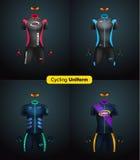 Uniformes realísticos do ciclismo do vetor Modelo de marcagem com ferro quente Bicicleta ou roupa e equipamento da bicicleta jérs Foto de Stock