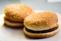 Uniformidad de la hamburguesa fotos de archivo libres de regalías