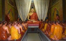 Unik buddistisk tempel i byn av Induwaru, Sri Lanka Fotografering för Bildbyråer