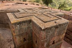 Unik monolitisk vagga-huggen ut kyrka av St George, UNESCOvärldsarv, Lalibela, Etiopien Royaltyfria Bilder