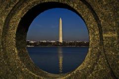 Unik sikt av Washington Monument Arkivfoton