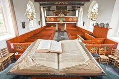 Unik sikt från predikstolen på kyrkainterioren Royaltyfri Fotografi