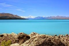 Unik sjöPukaki sikt, nyazeeländskt prickfritt landskap arkivfoton