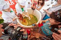 Unik världshändelse av den första gastronomiska festivalen royaltyfri fotografi