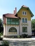 unik villa för konstnouveau Arkivfoto
