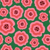 Unika rosa vätskeblommor på grön sömlös modell royaltyfri fotografi