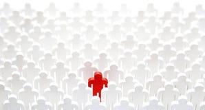 Unikalna osoba w tłumu zdjęcie royalty free