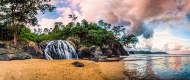 Unikalne siklawy przy Wschodnim Jawa Fotografia Stock