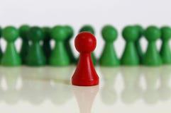 Unikalnej szef drużyny postaci czerwieni zieleni wiodący przedmiot Fotografia Stock