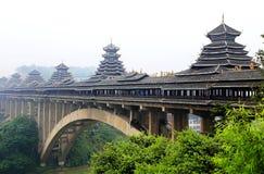 Unikalni budynki Dong narodowość w Sanjiang, Guangxi prowincja zdjęcia stock