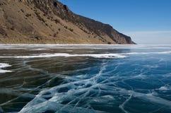 Unikalny lodowy jeziorny Baikal zdjęcia royalty free