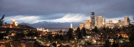 Unikt Seattle Washington Downtown City Skyline Puget för fördelpunkt ljud arkivfoto