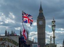 Union Jack y el parlamento Fotografía de archivo