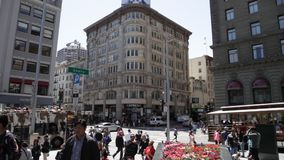 Union Square panorama. San Francisco, CA, United States - August 17, 2016: street panorama of the popular Union Square, the central square of San Francisco on stock video