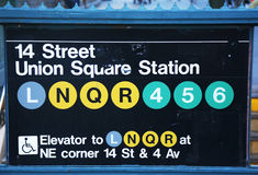 Union Square -U-Bahnstations-Eingang an der 14. Straße in New York Stockfotografie