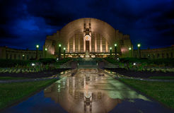 Union Terminal reflects after a Cincinnati rainstorm Royalty Free Stock Images