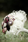 Unique stule wedding bouquet with wedding rings Royalty Free Stock Photos