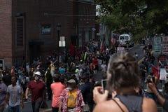 Unisca il 12:05 giusto pm di tumulto fotografia stock libera da diritti