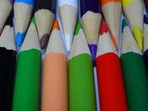 Unisca le matite di colore fotografie stock