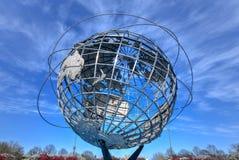 Unisphere - limpiando con un chorro de agua, Queens imágenes de archivo libres de regalías