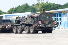 Unità del trattore di SLT 50 Elefant e trasportatore di carro armato resistenti tedeschi Immagine Stock