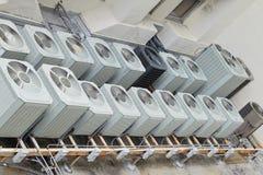 Unità superiori del A/C del tetto - 2 fotografia stock
