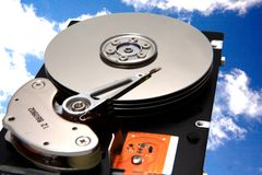 Unité de disques dans le ciel Images libres de droits