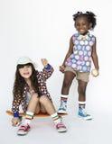 Unité de sourire S d'amitié de bonheur d'amies d'enfants Images libres de droits
